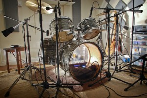 Ludwig Ocean Pearl drum set from the 1960's. Used for recording Country Drum Loops